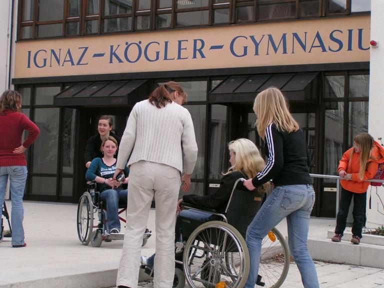 Rollstuhltraining - big