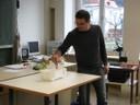 Tiefgefrorene Gummibärchen - zwar mit Hammer teilbar aber schwer verdaulich. - thumbnail